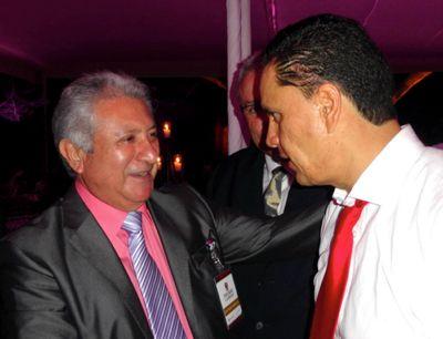 Foto Roberto Sandoval y Dr. Jorge Villanueva